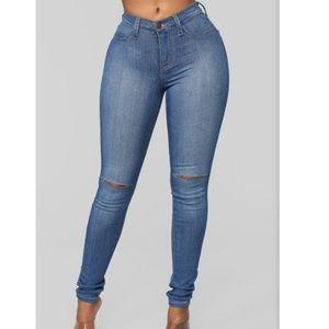 Fashion Nova Jeans- Medium Blue
